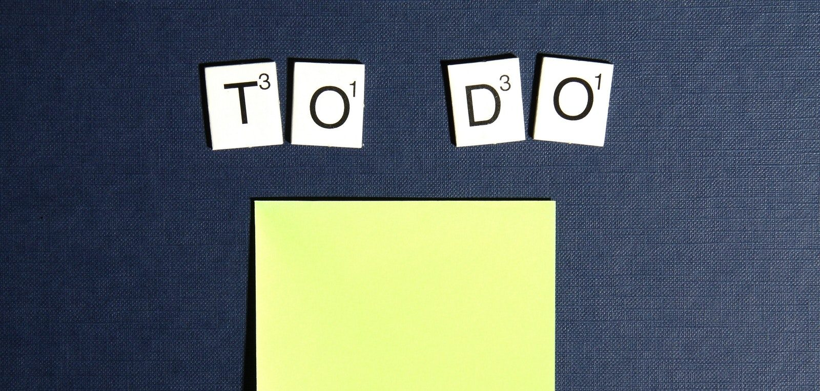 image of to do with a postit depicting meetin agenda
